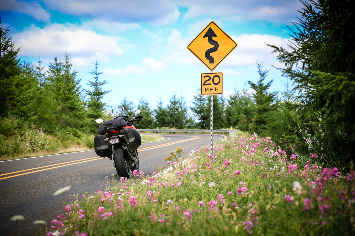 IMAGE: http://www.bwhip.com/galleries/BlogPhotos/Oregon_Ride_0716/9F2A9591.jpg